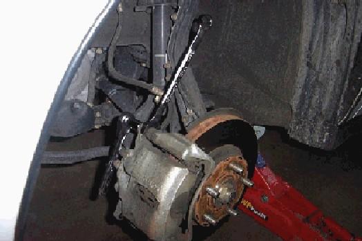 Powerslot rotor install-caliperbolts.jpg