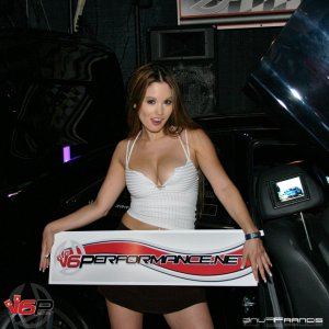 hin_philly_62604_model_07k